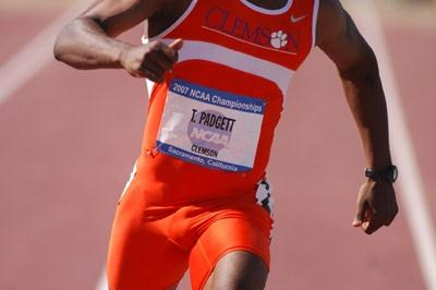 Travis Padgett at the 2007 NCAA championships (Kirby Lee)