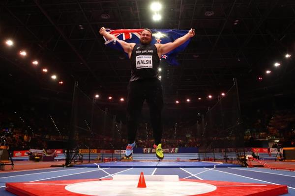 Tom Walsh after winning the shot put at the IAAF World Indoor Championships Birmingham 2018 (Getty Images)