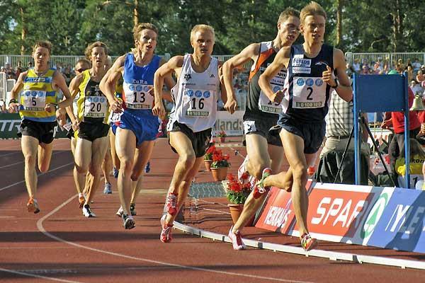 Jukka Keskisalo leads in the 1500m - Jyväskylä, Finland (Paula Noronen)