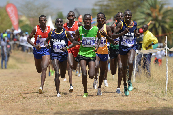 Geoffrey Kamworor (273) in cross-country action (AFP / Getty Images)