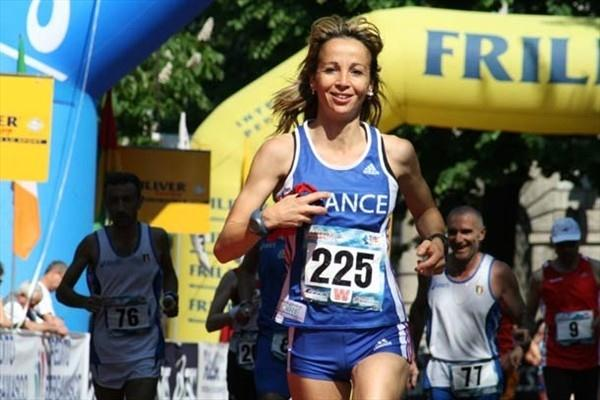 Anne-Cecile Fontaine (FRA) wins the 7th IAU 24hr World Challenge in Bergamo, Italy (IAU)