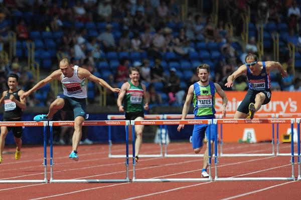 Dai Greene holds off Rhys Williams to win the British 400m Hurdles title (Getty Images)