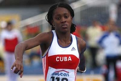 Dailenys Alcantara of Cuba on her way to victory in the Final of the Women's Triple Jump (Getty Images)