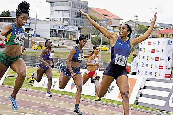 Angela Tenorio wins the 100m at the South American U23 Championships (ConSudAtle)