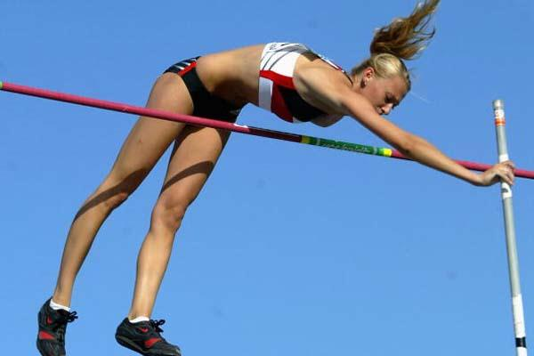 Elizaveta Ryshich of Germany wins the Women's Pole Vault Final (Getty Images)