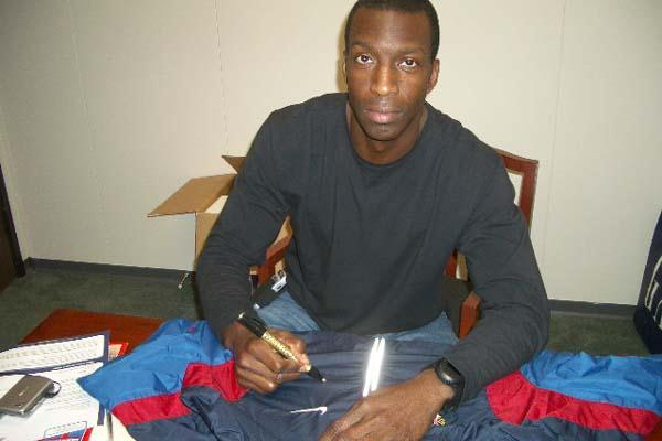 Michael Johnson's 2000 Olympic tracksuit donated to the IAAF (M. Johnson)