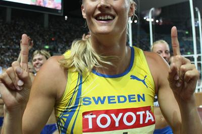Gold medalist Carolina Kluft of Sweden leads the field in a lap of honour following the 800m of the Heptathlon (Bongarts/Getty Images)