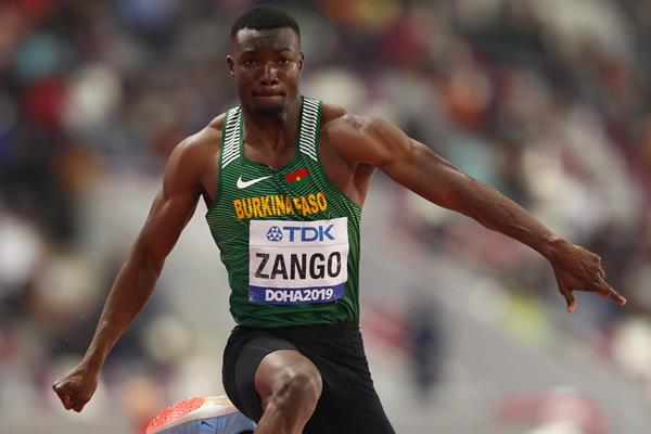 Hugues Fabrice Zango jumping to bronze in Doha (Getty Images)