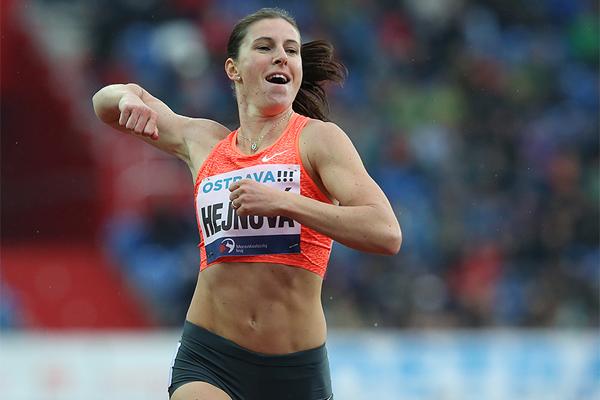 Zuzana Hejnova wins the 400m hurdles in Ostrava (Organisers / sport-pics.cz)