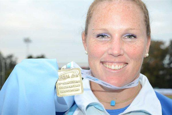 Jennifer Dahlgren after her championship record at the 2011 South American Champs (Consudatle)
