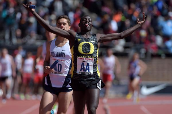 Edward Cheserek wins the distance medley relay at the 2015 Penn Relays (Kirby Lee)