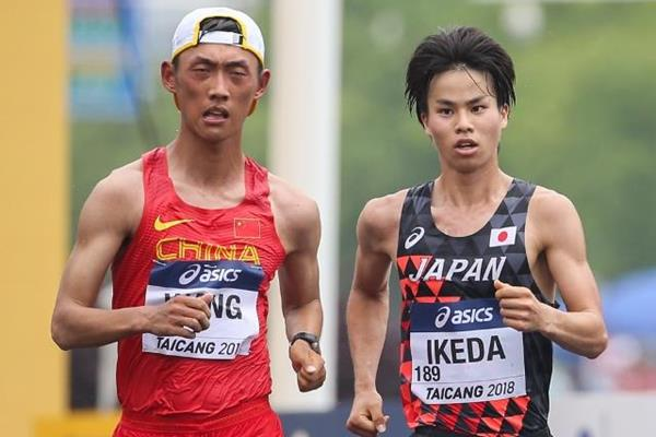 Wang Kaihua and Koki Ikeda in the men's 20km race walk at the IAAF World Race Walking Team Championships Taicang 2018 (Getty Images)