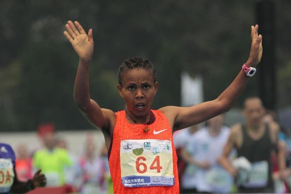 Letebrhan Haylay Gebreslasea winning the 2016 Standard Chartered Hong Kong Marathon (Organisers)