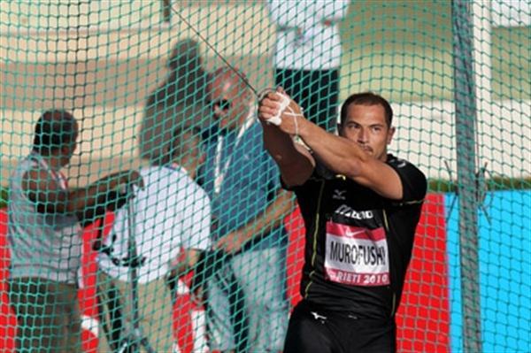 Koji Murofushi throwing in Rieti (Victah Sailer)