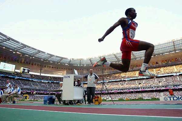 Yoandri Betanzos (CUB), jumps to World silver in Paris (Getty Images)