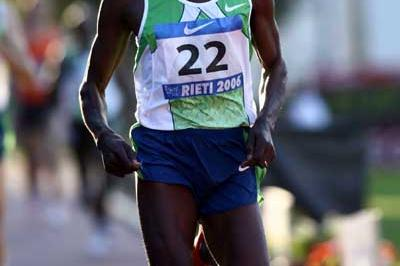 Bernard Lagat wins the 1500m in 3:29.68 (Giancarlo Colombo)