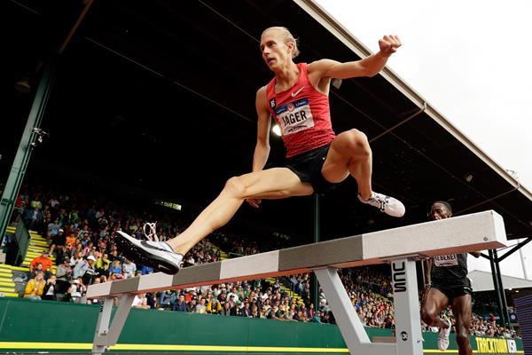 Evan Jager en route to his 3000m steeplechase victory at the US Olympic Trials (Getty Images)