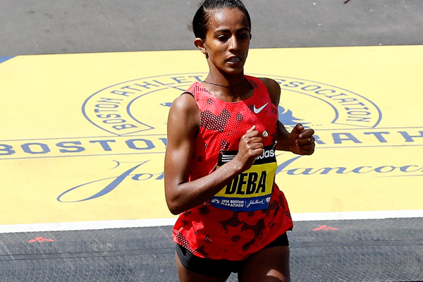 Buzunesh Deba in action at the Boston Marathon (Getty Images)