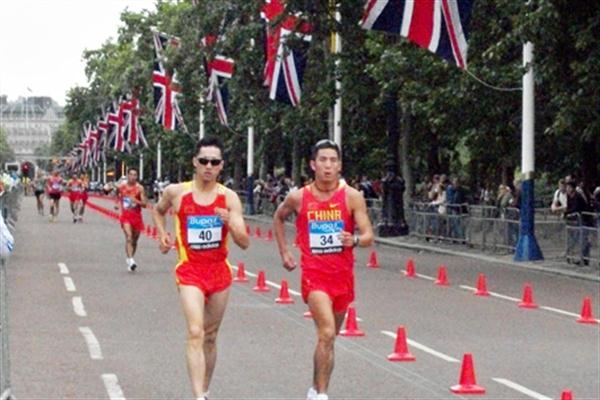 Zhen Wang and Li Jianbo of China stride down The Mall in the 20km during a test of the Olympic course in London (Paul Warburton)