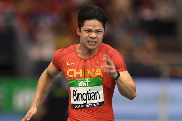 Su Bingtian en route to his 6.47 Asian record in Karlsruhe (Jiro Mochizuki for the IAAF)