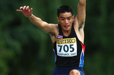 Supanara S.N.A. of Thailand wins the Boys' Long Jump final (Getty Images)