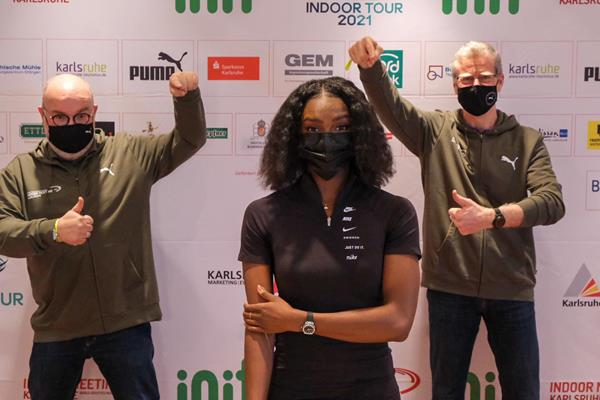 No, this isn't a band. From left: Karlsruhe Meeting Director Martin Wacker, Dina Asher-Smith and Athletes' Liaison Alain Blondel (Michelle Sammet)