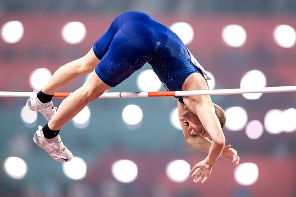 Sam Kendricks tops 5.97m to successfully defend his pole vault title at the IAAF World Athletics Championships Doha 2019 (Getty Images)