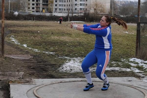 Zalina Marghieva spins to a Moldovan national record in Chisinau (Serghei Donets)