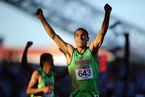 Mexican distance runner Juan Luis Barrios celebrates his victory (Getty Images)