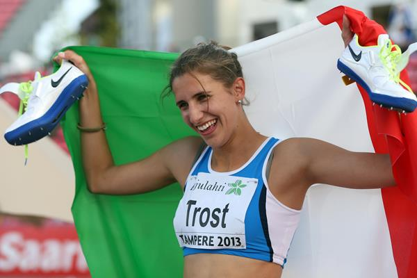 Alessia Trost Italian high jumper with Italian flag ()