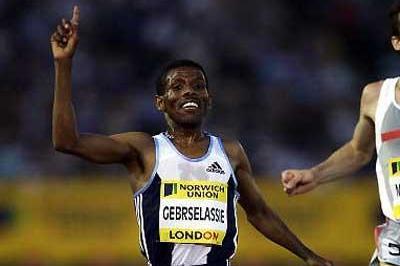 Haile Gebrselassie wins 5000m in London IAAF SGP (Getty Images)