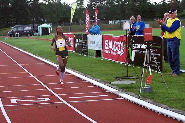 Mestewat Tufa wins in 31:00:27 (Harry Nijhuis)