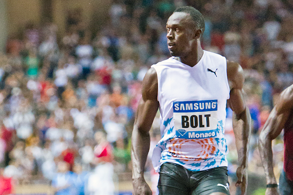 Usain Bolt takes a narrow victory in Monaco, clocking 9.88 (Philippe Fitte)