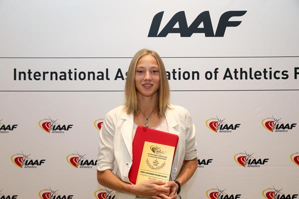 Alina Shukh with her world record plaque in Monaco (Philippe Fitte)