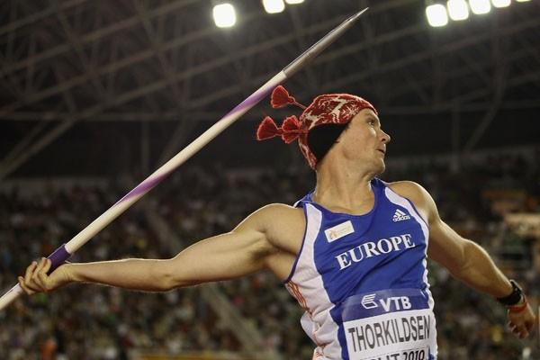Andreas Thorkildsen throwing with his earflap wool hat in Split (Getty Images)