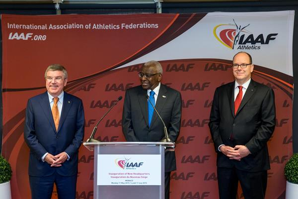 President of the International Olympic Committee Thomas Bach, IAAF President Lamine Diack and HSH Prince Albert II of Monaco at the inaugeration of the new IAAF HQ (IAAF / Philippe Fitte)