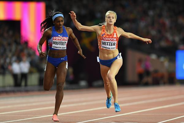 Yorgelis Rodriguez and Anouk Vetter in the heptathlon 200m at the IAAF World Championships London 2017 (Getty Images)