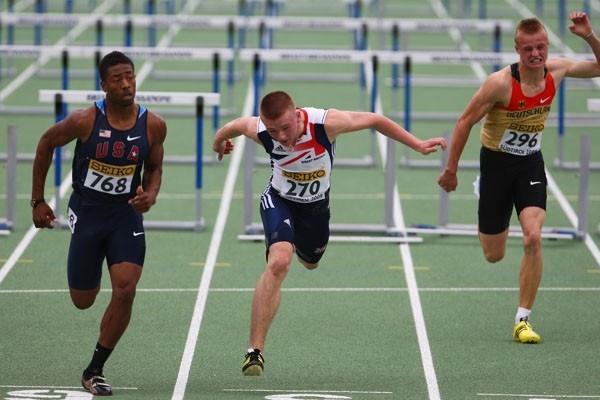 Dale Morgan of USA and Jack Meredith of Great Britain on the finish-line (Getty Images)