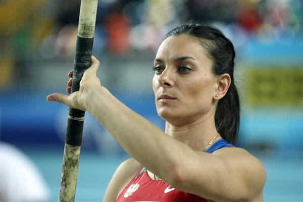Elena Isinbaeva of Russia is ready to compete in the Women's Pole Vault Final during day three - WIC Istanbulo (Getty Images)