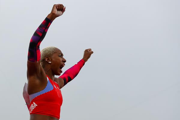 Yarisley Silva celebrates her third Pan-American Games pole vault title (Getty Images)