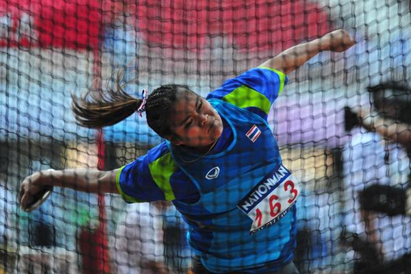 Thailand's Subenrat Insaeng wins the women's Discus at the 2013 SEA Games ( Peh Siong San)