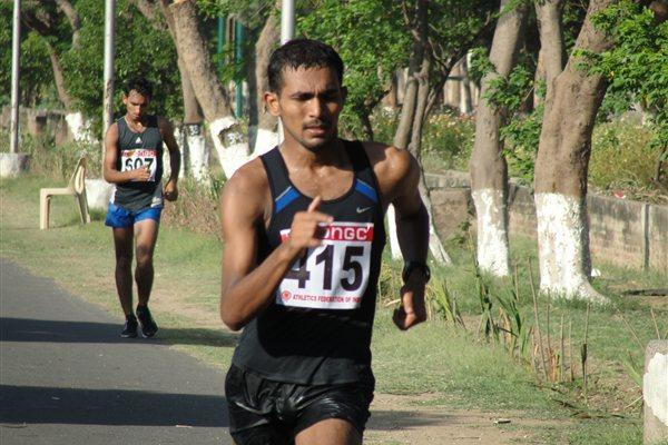 K.T. Irfan of Kerala en route to victory in the men's 20 km Race Walk at the Federation Cup in Patiala  (Anu Kumar)