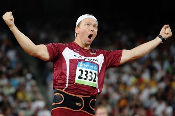 Ainars Kovals of Latvia throws 86.64m in the last round to grab the silver medal (Getty Images)