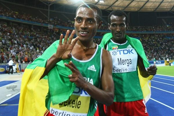 Kenenisa Bekele of Ethiopia celebrates winning the gold medal in the men's 10,000m final for the fourth time with a Championship Record (Getty Images)