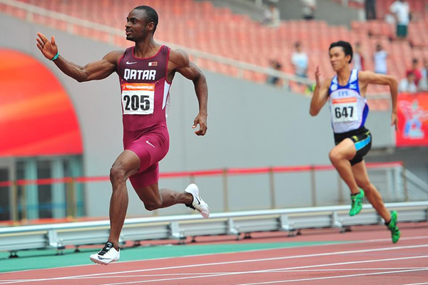 Femi Ogunode wins the 100m at the Asian Championships (Organisers / Peh Siong San)