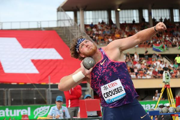 Ryan Crouser lets loose a 22.39m meeting record in Lausanne (Giancarlo Colombo)