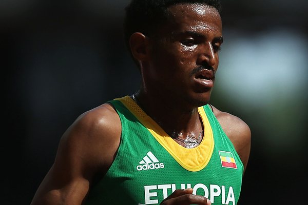 Hagos Gebrhiwet in the 5000m at the IAAF World Championships, Beijing 2015 (Getty Images)
