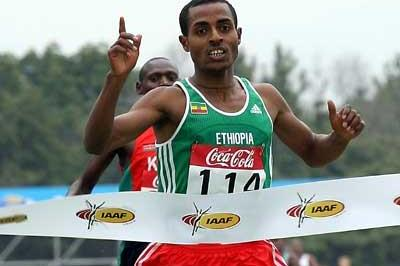 Kenenisa Bekele makes it 5 Short Race golds (Getty Images)