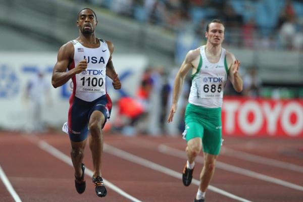 Tyson Gay of USA and Paul Hession of Ireland in the 200m Semi-Finals (Getty Images)
