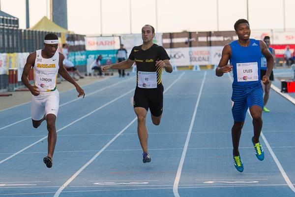 Josephus Lyles (r) wins the 400m in Lignano (Paolo Sant/Andrea Almacolle/Benedetta Biscaro (organisers))